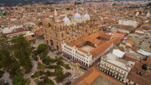 locations in Ecuador for retirement