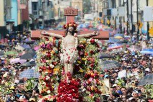 holy week in ecuador